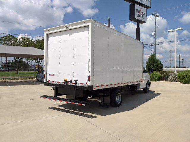 2020 Chevrolet Express 3500 4x2, Cutaway #CC21421 - photo 7