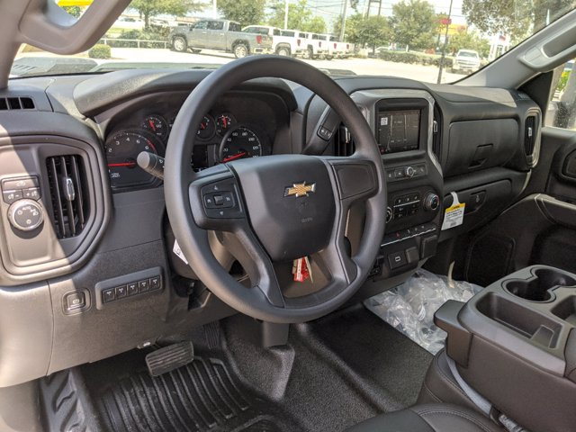 2020 Chevrolet Silverado 3500 Regular Cab DRW 4x2, Platform Body #CC21422 - photo 10