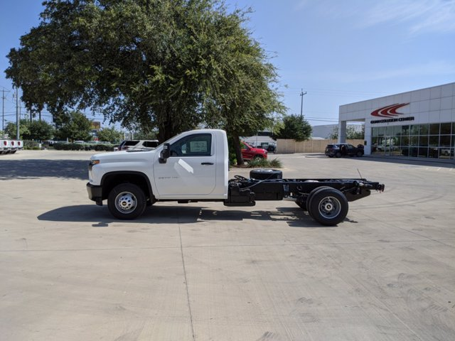 2020 Chevrolet Silverado 3500 Regular Cab DRW 4x4, Cab Chassis #CC21455 - photo 5