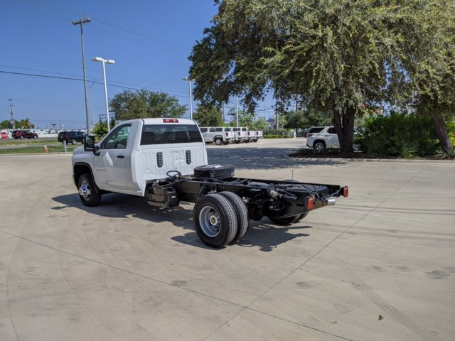 2020 Chevrolet Silverado 3500 Regular Cab DRW 4x4, Cab Chassis #CC21455 - photo 6