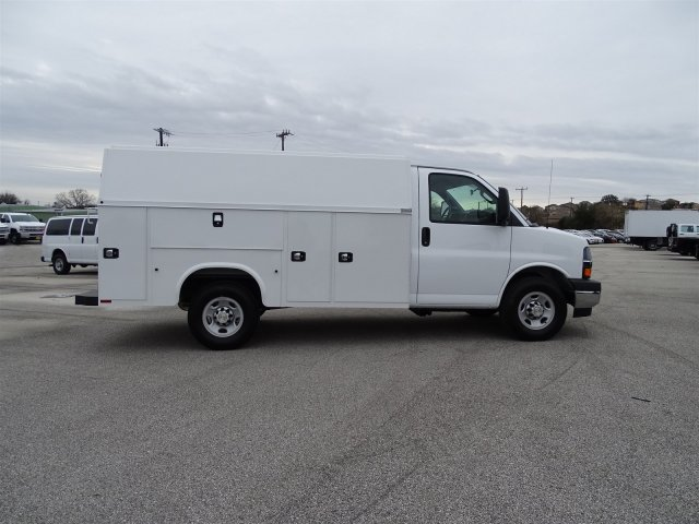 2017 Express 3500, Knapheide Service Utility Van #CC70096 - photo 4