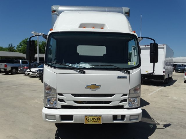 2017 LCF 5500HD Regular Cab, Supreme Signature Van Dry Freight #CC70482 - photo 8