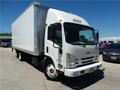 2017 LCF 5500HD Regular Cab, Supreme Signature Van Dry Freight #CC70482 - photo 3