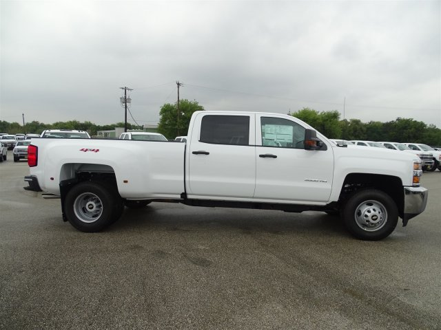 2018 Silverado 3500 Crew Cab 4x4 Pickup #CC81026 - photo 4