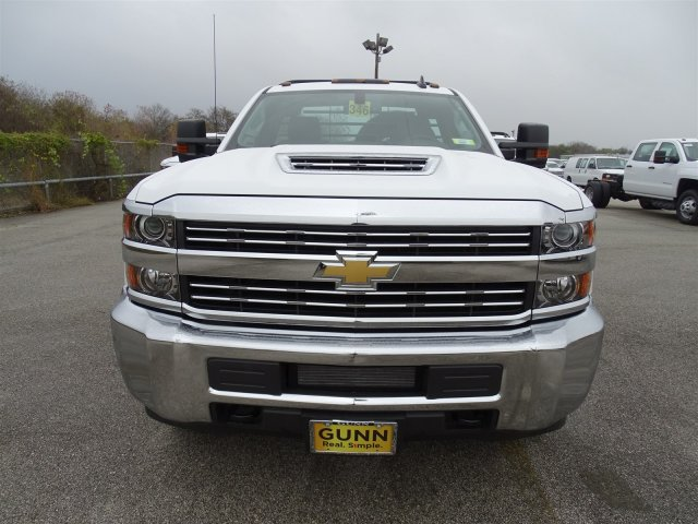 2018 Silverado 3500 Regular Cab DRW 4x4,  CM Truck Beds Platform Body #CC81157 - photo 10