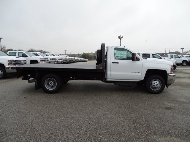 2018 Silverado 3500 Regular Cab DRW 4x4,  CM Truck Beds Platform Body #CC81157 - photo 4