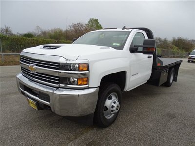 2018 Silverado 3500 Regular Cab DRW 4x4, CM Truck Beds RD Model Platform Body #CC81157 - photo 1