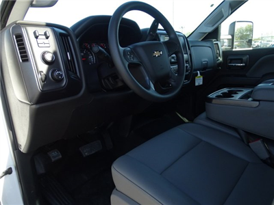 2018 Silverado 3500 Crew Cab DRW 4x4, CM Truck Beds RD Model Platform Body #CC81185 - photo 10