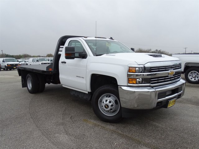 2018 Silverado 3500 Regular Cab DRW 4x4, CM Truck Beds Platform Body #CC81226 - photo 3