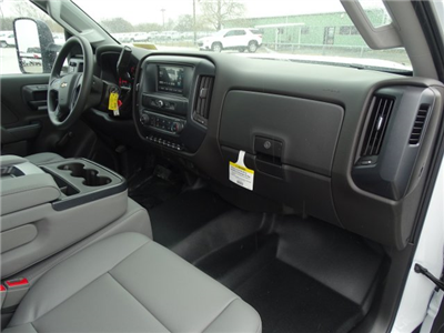2018 Silverado 3500 Regular Cab DRW, CM Truck Beds RD Model Platform Body #CC81290 - photo 19