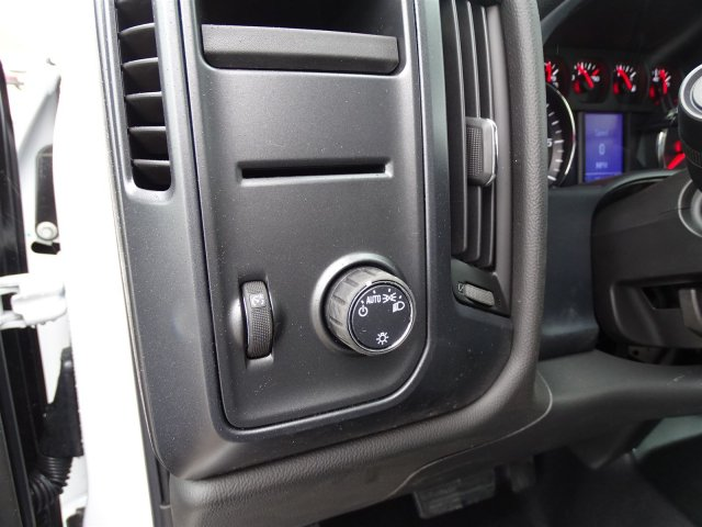 2018 Silverado 1500 Crew Cab, Pickup #CC81297 - photo 20