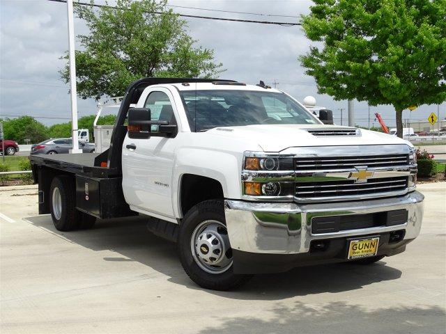 2018 Silverado 3500 Regular Cab DRW 4x4,  Platform Body #CC81352 - photo 3