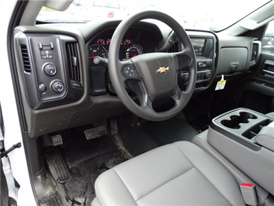 2018 Silverado 3500 Crew Cab DRW 4x4, CM Truck Beds RD Model Platform Body #CC81358 - photo 16