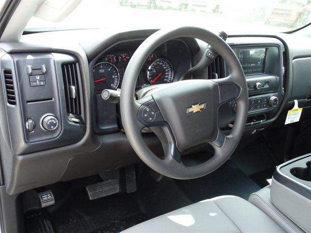 2018 Silverado 2500 Crew Cab, Pickup #CC81584 - photo 12