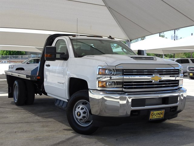 2018 Silverado 3500 Regular Cab DRW 4x4,  CM Truck Beds Platform Body #CC81601 - photo 3