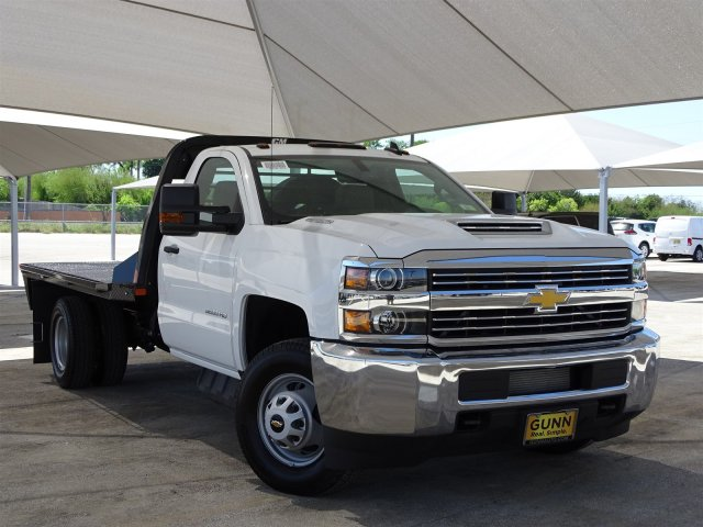 2018 Silverado 3500 Regular Cab DRW 4x4,  CM Truck Beds Platform Body #CC81602 - photo 3