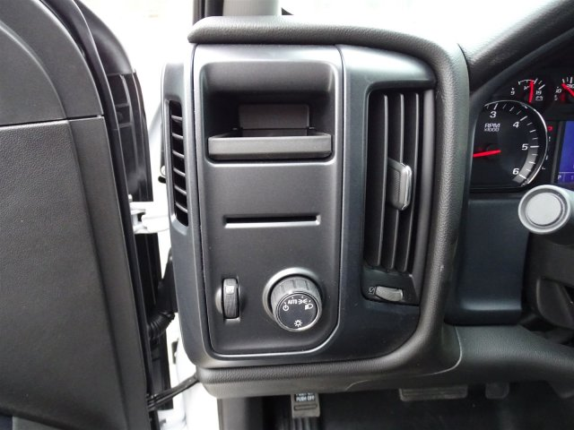 2018 Silverado 1500 Crew Cab 4x2,  Pickup #CC81689 - photo 18