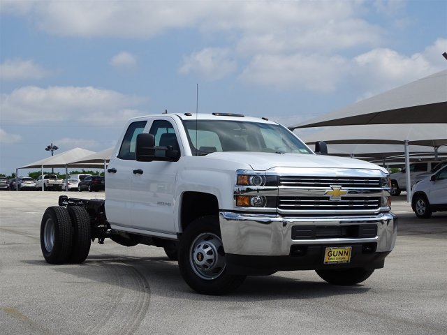 2018 Silverado 3500 Double Cab,  Cab Chassis #CC81729 - photo 3