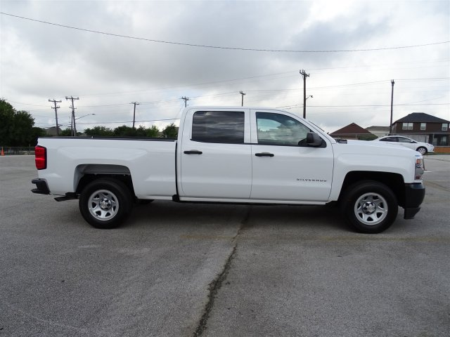 2018 Silverado 1500 Crew Cab 4x2,  Pickup #CC81797 - photo 4