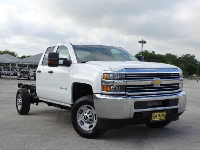 2018 Silverado 2500 Double Cab 4x4,  Cab Chassis #CC81840 - photo 3