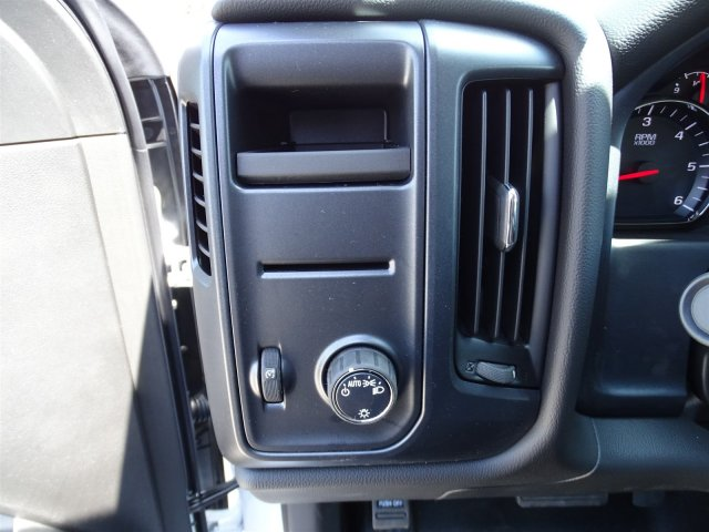 2018 Silverado 1500 Crew Cab 4x2,  Pickup #CC81846 - photo 17