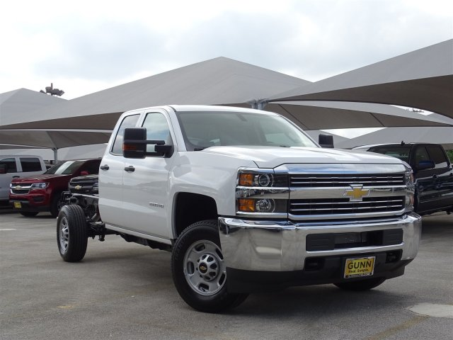 2018 Silverado 2500 Double Cab 4x2,  Cab Chassis #CC81848 - photo 3
