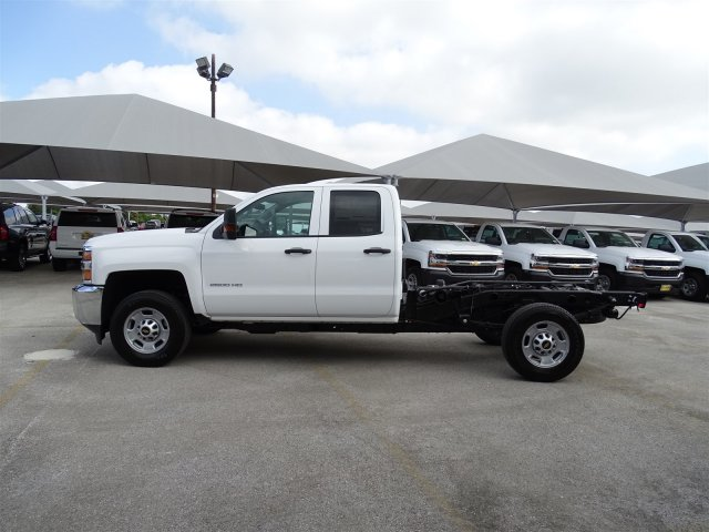 2018 Silverado 2500 Double Cab 4x2,  Cab Chassis #CC81848 - photo 8