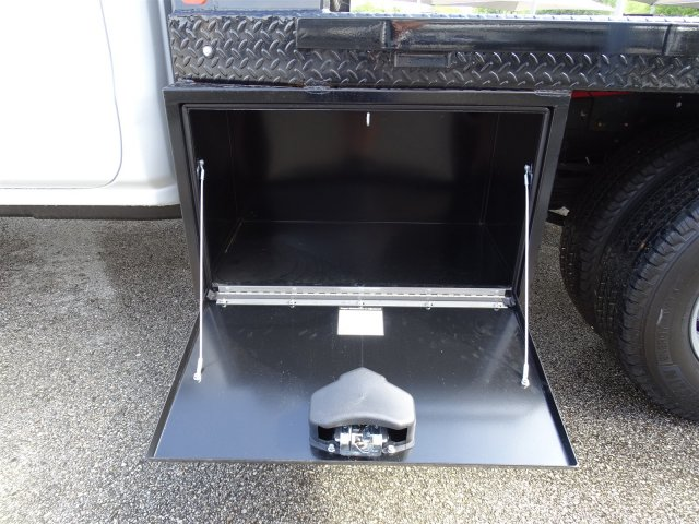 2018 Silverado 3500 Crew Cab DRW 4x2,  CM Truck Beds Platform Body #CC81905 - photo 9