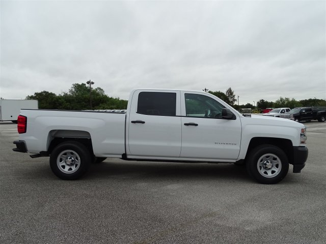 2018 Silverado 1500 Crew Cab 4x2,  Pickup #CC82032 - photo 8