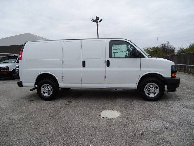 2018 Express 2500 4x2,  Harbor Upfitted Cargo Van #CC82097 - photo 3
