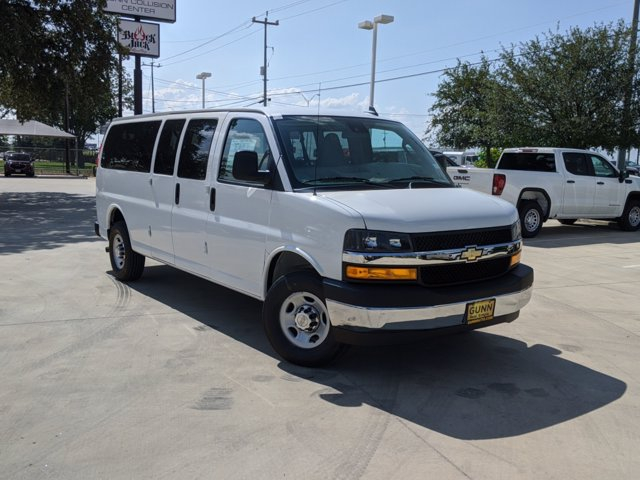 2020 Chevrolet Express 3500 4x2, Passenger Wagon #CFC21413 - photo 1