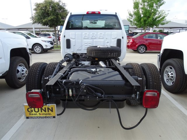 2018 Silverado 3500 Regular Cab DRW 4x4,  Cab Chassis #CFC81658 - photo 6
