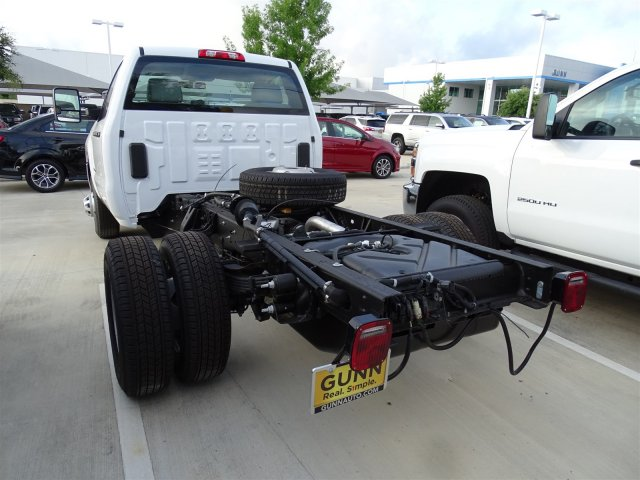 2018 Silverado 3500 Regular Cab DRW 4x4,  Cab Chassis #CFC81658 - photo 2