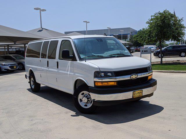 2020 Chevrolet Express 3500 4x2, Passenger Wagon #CT202081 - photo 1