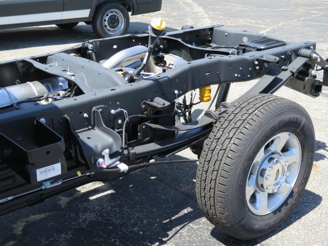 2016 F-350 Crew Cab 4x4, Cab Chassis #16T1097 - photo 6