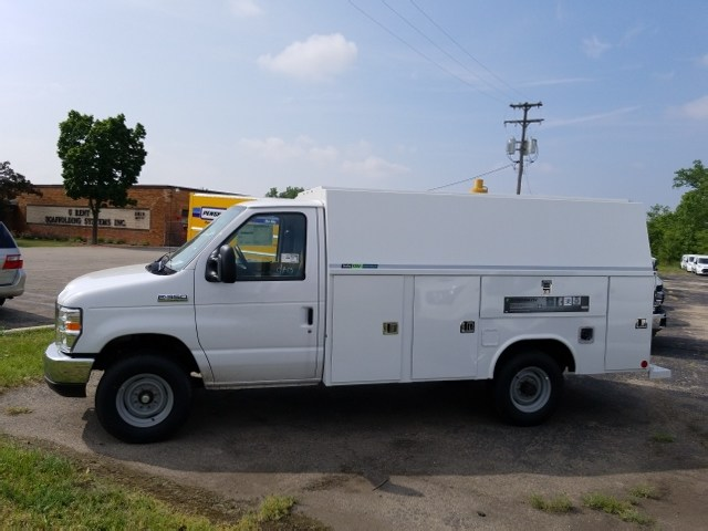 2017 E-350 4x2,  Reading Service Utility Van #17T1349 - photo 8