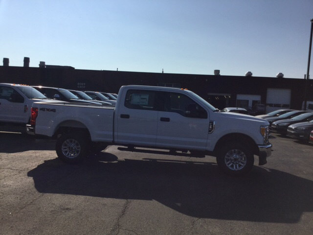 2017 F-250 Crew Cab 4x4 Pickup #17T1476 - photo 5