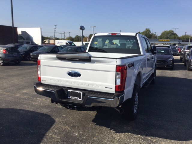 2017 F-250 Crew Cab 4x4 Pickup #17T1476 - photo 6
