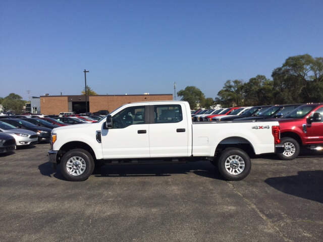 2017 F-250 Crew Cab 4x4 Pickup #17T1476 - photo 8