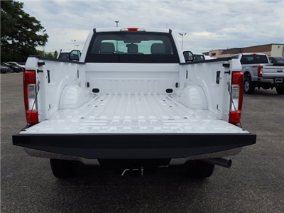 2017 F-250 Regular Cab 4x4, Pickup #17T212 - photo 18
