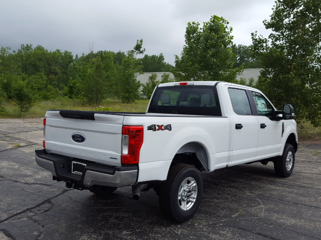 2017 F-250 Crew Cab 4x4 Pickup #17T232 - photo 6