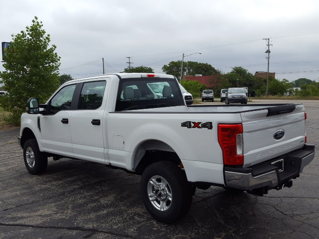 2017 F-250 Crew Cab 4x4 Pickup #17T232 - photo 2