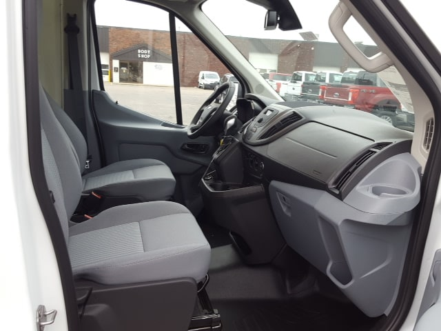 2018 Transit 250 Med Roof, Cargo Van #18T134 - photo 17