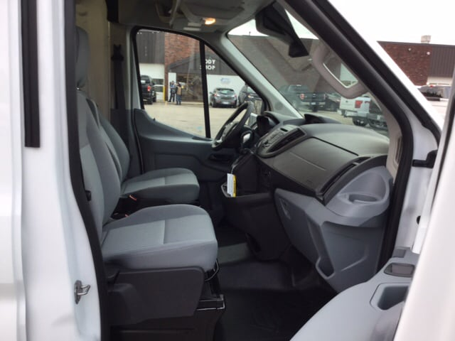 2018 Transit 250 Med Roof, Cargo Van #18T239 - photo 18