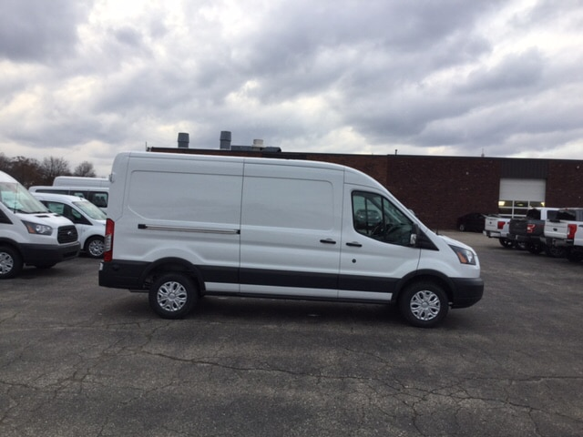 2018 Transit 250 Med Roof, Cargo Van #18T239 - photo 4
