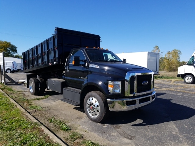 2018 F-650 Regular Cab DRW 4x2,  Landscape Dump #18T319 - photo 4