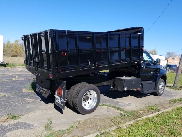 2018 F-650 Regular Cab DRW 4x2,  Landscape Dump #18T319 - photo 5