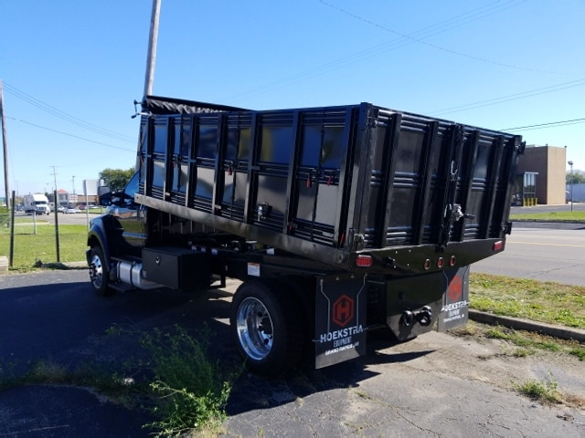 2018 F-650 Regular Cab DRW 4x2,  Landscape Dump #18T319 - photo 2