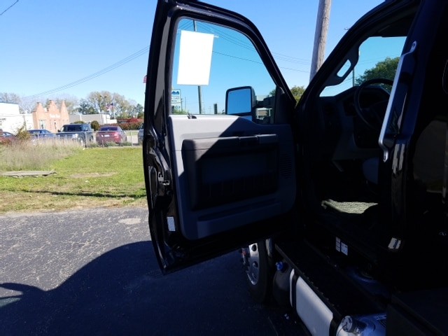 2018 F-650 Regular Cab DRW 4x2,  Landscape Dump #18T319 - photo 12