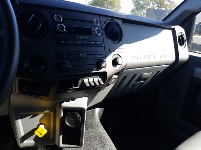 2018 F-650 Regular Cab DRW 4x2,  Landscape Dump #18T319 - photo 15
